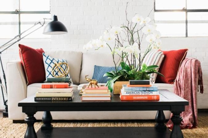 6 Step Formula to Decorating a Coffee Table